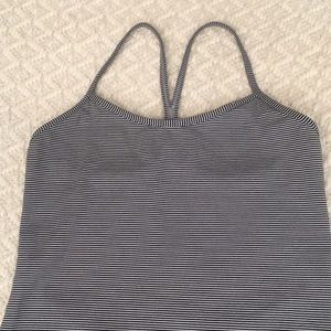 Lulu workout top